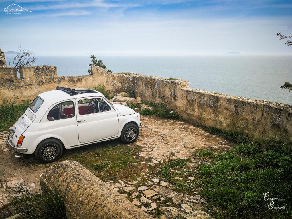 #aDayIn500: La città di Gaeta attraverso gli occhi di una vecchia Fiat 500 – *Il Video in 4K*