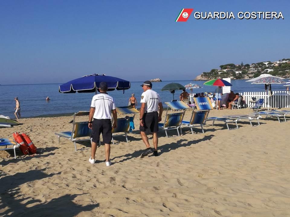 foto-cs-261349145052.-1 Gaeta - Guardia Costiera contrasto all'attività della preventiva abusiva occupazione - Sanzioni per oltre 1.200 €.