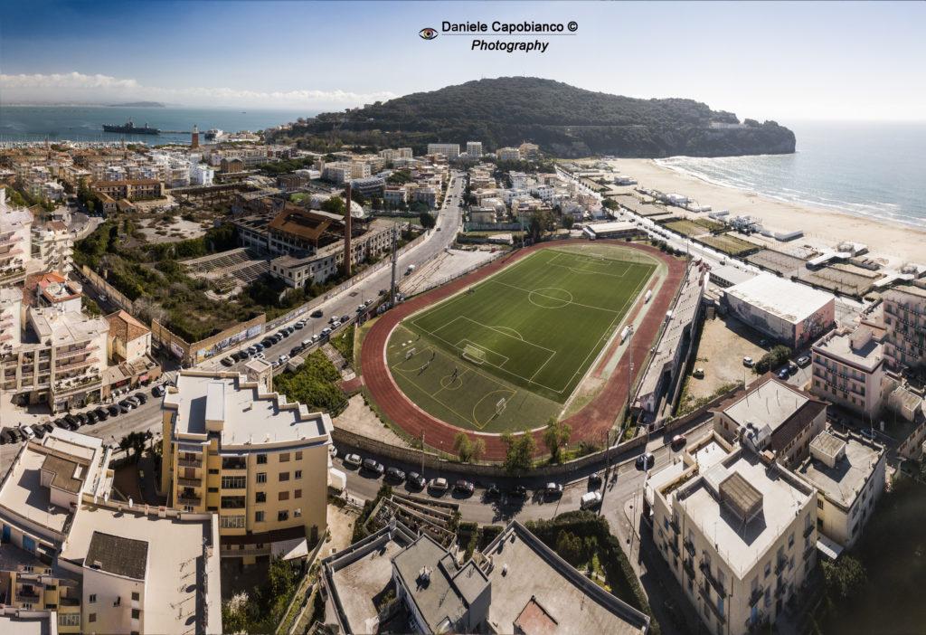 Gaeta e lo stadio di calcio Riciniello
