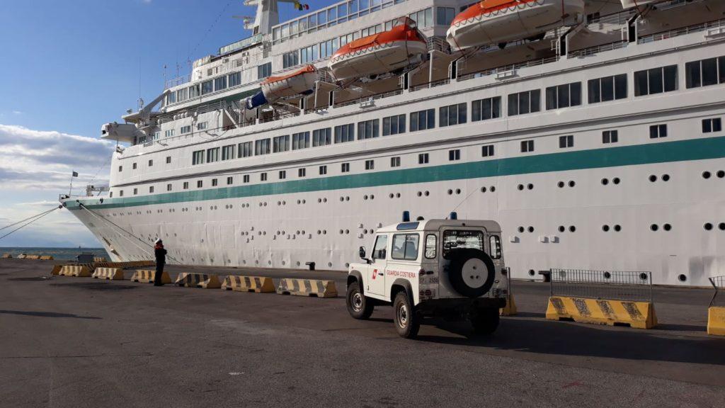 La nave da crociera ALBATROS approda a Gaeta